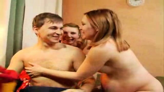 Russian sisters 3some