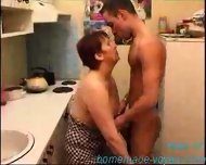 Amateur - Young dude and older woman - scene 1