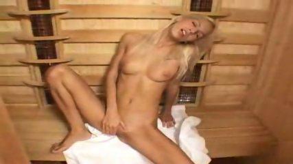 Boroka - Vibrating Sauna - scene 2