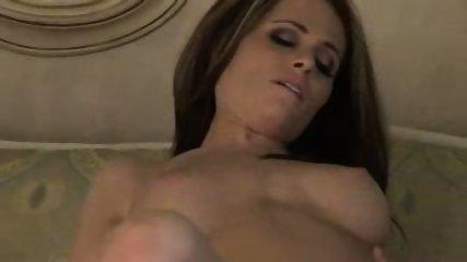 Nr.3 - Active PTnA - Perky Titties - Lea - wk41 - scene 10