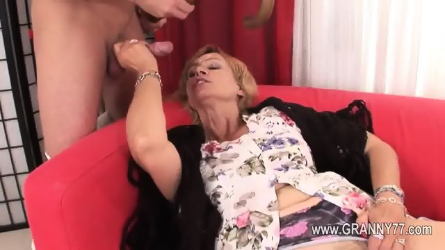 Sexy old mature love hard deepfucking