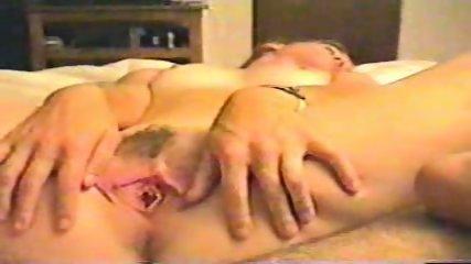 Homemade - fingers her self - scene 5