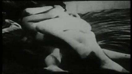 vintage erotica - scene 10