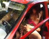 Amateur - Sex in the car - scene 7