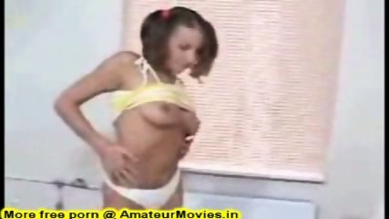 Amateur - Petite flexible amateur girl loves to fu - scene 1