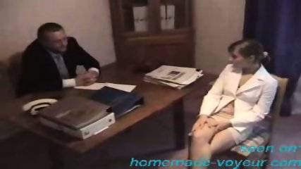 Amateur - Young girl gets it on the desk - scene 1