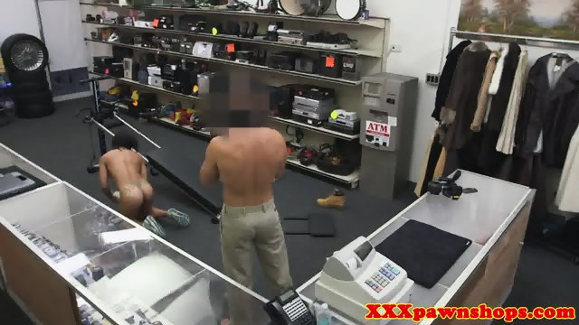 Ebony pawnshop amateur facialized for cash - scene 12