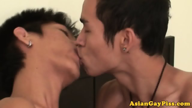 Asian twink bareback assfucking oriental guy