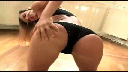 SUZIE CARINA - scene 8