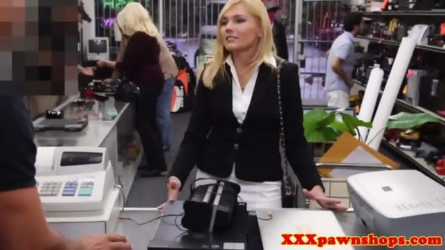 Pawnshop milf desperately sucking for cash