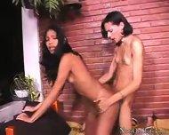 Alexia & Kayane - scene 11