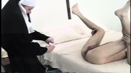 Female Authority - Kat - Genesis - scene 8