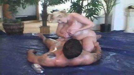 Kayla Big Tits Hooternation 2004 - scene 3