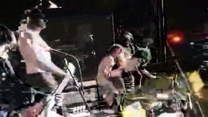 Amateur - Sex on stage of a live rock concert - scene 11