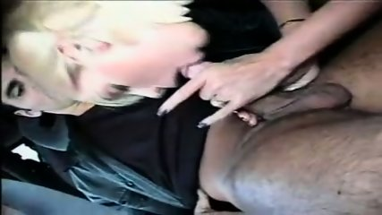 Nicole Sheridan - Awesome car HandJob - scene 10