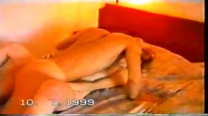 Amateur - Couple fucks in motel room - scene 5