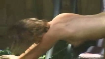 Amateur - Couple caught screwing in the garden - scene 9