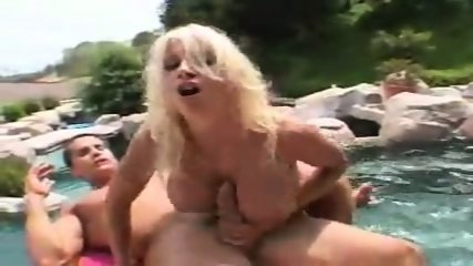 Puma Swede Big sausage pizza - scene 11