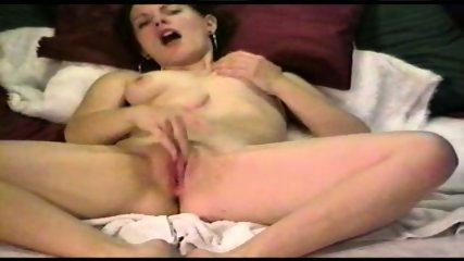 Rubbing to Orgasm - scene 5