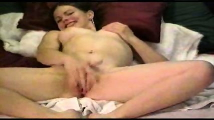 Rubbing to Orgasm - scene 6