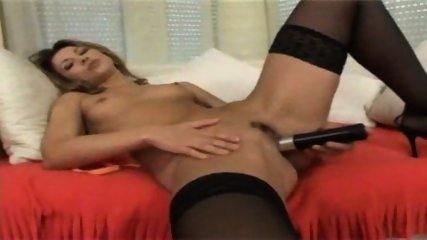 masturbate - scene 9