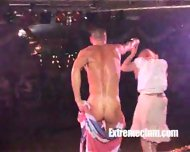 Girl sucks naked dancers cock in public - scene 4