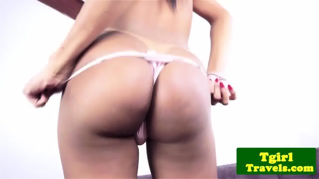 Latina shemale jerking off on the couch