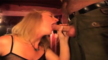 Amateur Hungarian Blowjob Party - scene 2