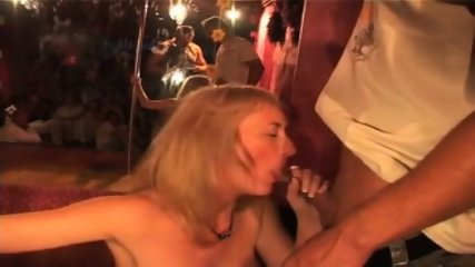 Amateur Hungarian Blowjob Party - scene 7