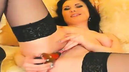 Amateur Brunette Webcam Show