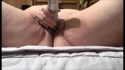 Amateur bbw masturbating with toys