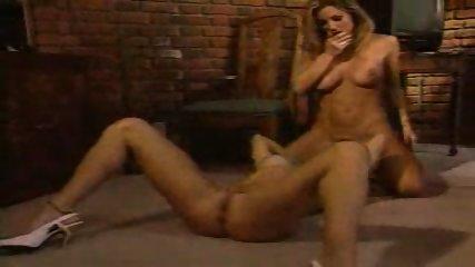 lesbia - scene 12