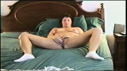 Mature Slut Masterbating