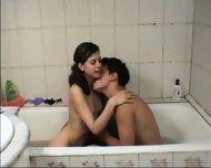 Vanna - Amateur Teen gets fucked in tha bathtub - scene 1