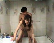 Vanna - Amateur Teen gets fucked in tha bathtub - scene 11
