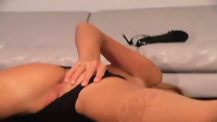Carli Banks - Jerkoff Encouragement - scene 3